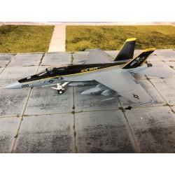Witty F-18E SUPER HORNET 1-72