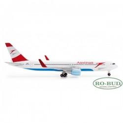 Austrian Airlines Boeing...